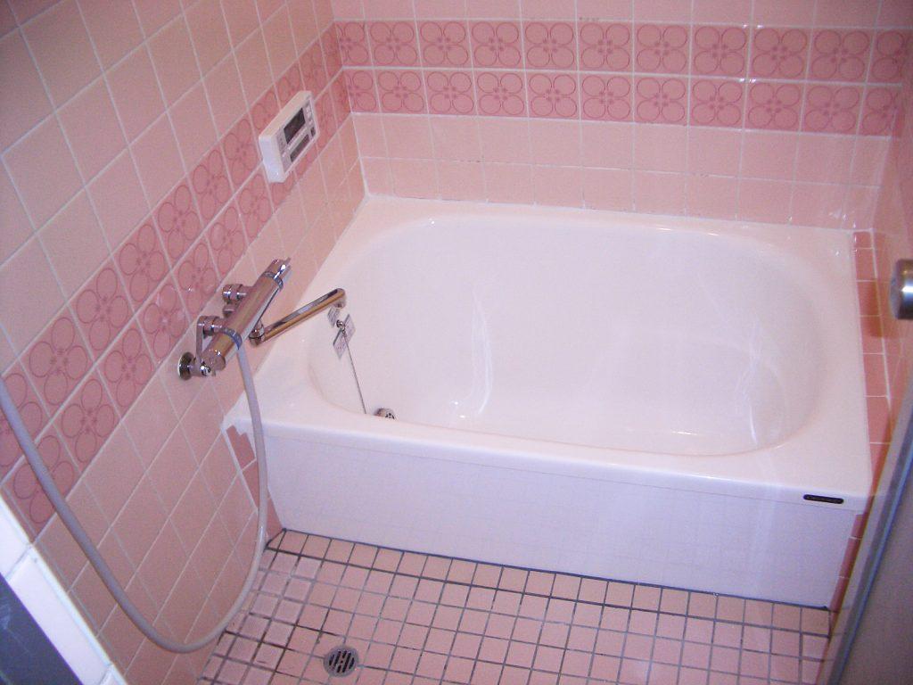 浴槽だけお取替えでもこんなに綺麗に