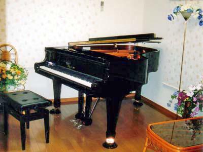 プチ防音を施しながら和室から洋室に変化したピアノ部屋