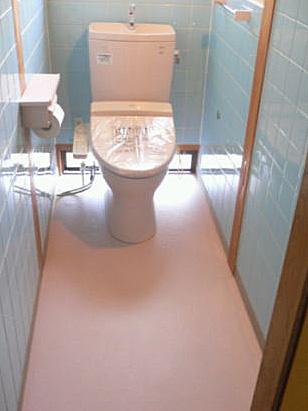 トイレ:男子・女子に分かれた空間をつなげたら広くなった