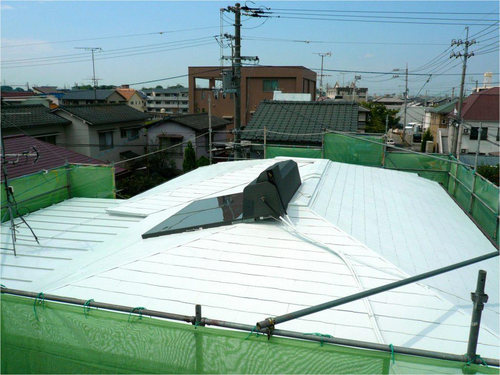 省エネで地球にも家計にも優しいシポフェースクールの屋根
